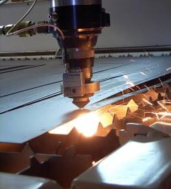 Лазерная резка с ЧПУ